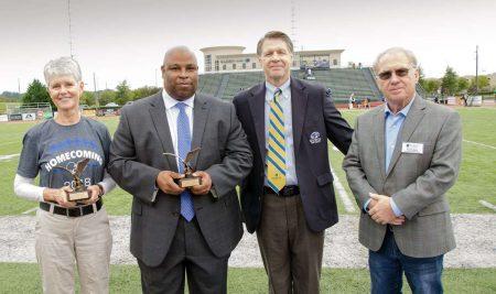 Keown, Clemons Receive 2018 Distinguished Alumni Awards